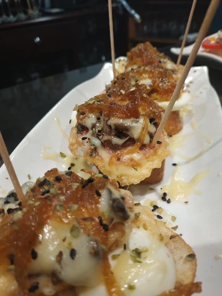 Mejor barra de pintxos en Restaurante Hiru, Andoain